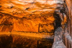 Ζωηρόχρωμη επίδραση φωτισμού μέσα στο αλατισμένο ορυχείο Khewra στοκ φωτογραφίες με δικαίωμα ελεύθερης χρήσης
