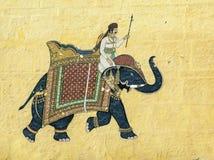 Ζωηρόχρωμη ινδική τοιχογραφία στο οχυρό Meherangarh στο Jodhpur, Ινδία στοκ εικόνα με δικαίωμα ελεύθερης χρήσης