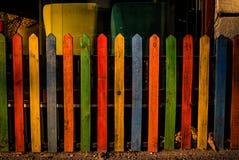 Ζωηρόχρωμη ξύλινη φραγή Στοκ φωτογραφία με δικαίωμα ελεύθερης χρήσης