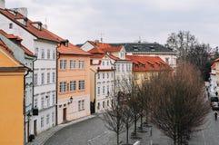 Ζωηρόχρωμη οδός στην Πράγα Στοκ Εικόνες