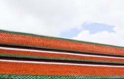 ζωηρόχρωμη στέγη Ταϊλανδός &eps Στοκ εικόνες με δικαίωμα ελεύθερης χρήσης
