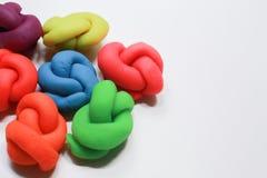 Ζωηρόχρωμη στενή επάνω εικόνα playdough στο άσπρο υπόβαθρο Στοκ εικόνες με δικαίωμα ελεύθερης χρήσης