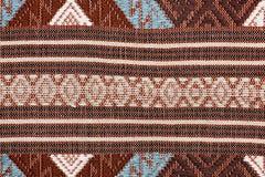 Ζωηρόχρωμη ταϊλανδική επιφάνεια κουβερτών ύφους μεταξιού handcraft περουβιανή στενή επάνω περισσότερο αυτό το μοτίβο & περισσότερ Στοκ Εικόνα
