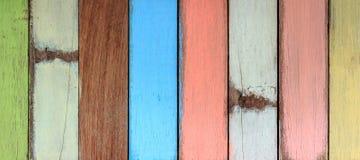 Ζωηρόχρωμη χρωματισμένη ξύλινη σανίδα Στοκ Φωτογραφία