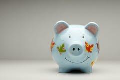 Ζωηρόχρωμη cermanic piggy τράπεζα  Στοκ εικόνες με δικαίωμα ελεύθερης χρήσης