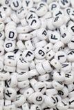 Ζωηρόχρωμοι κύβοι επιστολών αλφάβητου Στοκ φωτογραφία με δικαίωμα ελεύθερης χρήσης