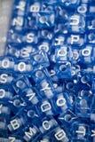 Ζωηρόχρωμοι κύβοι επιστολών αλφάβητου Στοκ Εικόνες