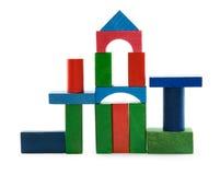 ζωηρόχρωμοι κύβοι ξύλινοι Στοκ εικόνα με δικαίωμα ελεύθερης χρήσης