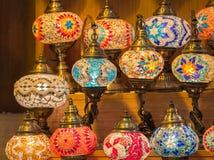 Ζωηρόχρωμοι παλαιοί οθωμανικοί λαμπτήρες μωσαϊκών ύφους Στοκ φωτογραφία με δικαίωμα ελεύθερης χρήσης
