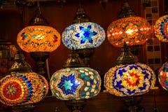Ζωηρόχρωμοι παλαιοί οθωμανικοί λαμπτήρες μωσαϊκών ύφους Στοκ εικόνες με δικαίωμα ελεύθερης χρήσης