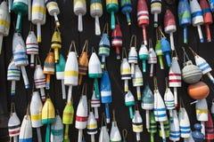 Ζωηρόχρωμοι σημαντήρες αστακών του Μαίην στοκ φωτογραφίες με δικαίωμα ελεύθερης χρήσης