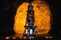 Ζωηρόχρωμος αλατισμένος μιναρές μέσα στο ορυχείο Khewra στοκ φωτογραφία με δικαίωμα ελεύθερης χρήσης