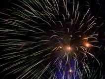 Ζωηρόχρωμος εορτασμός πυροτεχνημάτων Στοκ Εικόνες