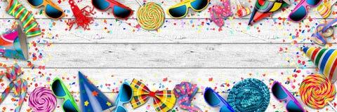 Ζωηρόχρωμος ευρύς εορτασμός γενεθλίων καρναβαλιού κομμάτων πανοράματος backg απεικόνιση αποθεμάτων
