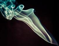 ζωηρόχρωμος καπνός ανασκό&p Στοκ Εικόνες