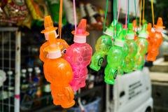 Ζωηρόχρωμος κατασκευαστής φυσαλίδων σαπουνιών για τα παιδιά Στοκ Φωτογραφία