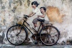 ζωηρόχρωμος καλυμμένος τοίχος οδών γκράφιτι τέχνης Στοκ Φωτογραφίες