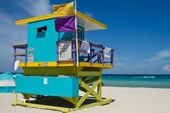 Ζωηρόχρωμος πύργος Lifeguard στη νότια παραλία, Μαϊάμι Μπιτς Στοκ εικόνα με δικαίωμα ελεύθερης χρήσης