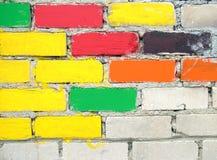ζωηρόχρωμος τοίχος τούβλ Στοκ Φωτογραφία