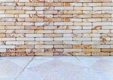 Ζωηρόχρωμος τουβλότοιχος για το υπόβαθρο σύστασης Στοκ φωτογραφία με δικαίωμα ελεύθερης χρήσης