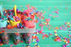 Ζωηρόχρωμο έννοια ή υπόβαθρο για το κόμμα, το καλοκαίρι ή τις διακοπές παιδιών ` s Στοκ φωτογραφία με δικαίωμα ελεύθερης χρήσης