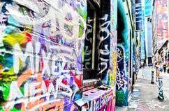Ζωηρόχρωμο έργο τέχνης γκράφιτι στην πάροδο Hosier στη Μελβούρνη Στοκ Εικόνες