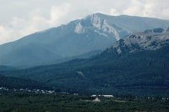 ζωηρόχρωμο βουνό τοπίων ανασκόπησης Στοκ Εικόνα