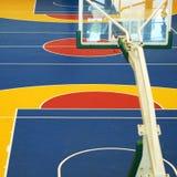 Ζωηρόχρωμο γήπεδο μπάσκετ Στοκ Εικόνες