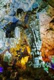 Ζωηρόχρωμο εσωτερικό τραγουδημένης της Hang περιοχής παγκόσμιων κληρονομιών σπηλιών μέθυσων Στοκ φωτογραφία με δικαίωμα ελεύθερης χρήσης