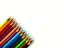 ζωηρόχρωμο λευκό μολυβιών ανασκόπησης Στοκ φωτογραφίες με δικαίωμα ελεύθερης χρήσης