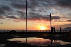 Ζωηρόχρωμο ηλιοβασίλεμα σε Antofagasta Χιλή μετά από τη βροχή στοκ εικόνες