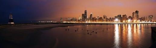 Ζωηρόχρωμο ηλιοβασίλεμα στο Σικάγο στοκ εικόνες