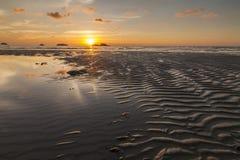Ζωηρόχρωμο ηλιοβασίλεμα στο τροπικό νησί Koh Chang Στοκ εικόνα με δικαίωμα ελεύθερης χρήσης