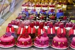 Ζωηρόχρωμο κέικ ζυμών στοκ φωτογραφία με δικαίωμα ελεύθερης χρήσης