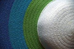 Ζωηρόχρωμο καπέλο εγγράφου στοκ φωτογραφία με δικαίωμα ελεύθερης χρήσης