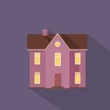 Ζωηρόχρωμο κατοικημένο εξοχικό σπίτι στα ιώδη χρώματα Στοκ Εικόνες