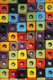 Ζωηρόχρωμο κεραμικό υπόβαθρο επιφάνειας σύστασης κιβωτίων κύβων συνδυασμού Στοκ φωτογραφία με δικαίωμα ελεύθερης χρήσης
