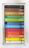 Ζωηρόχρωμο κραγιόνι που τίθεται με τους ονομασμένους κώδικες χρωμάτων και χρώματος Στοκ Εικόνα