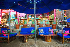 Ζωηρόχρωμο μεξικάνικο εστιατόριο στην παραλία Στοκ εικόνα με δικαίωμα ελεύθερης χρήσης