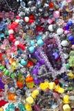 ζωηρόχρωμο μικτό κοσμήματα στοκ εικόνες