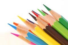 Ζωηρόχρωμο μολύβι στο υπόβαθρο απομονώσεων Στοκ φωτογραφίες με δικαίωμα ελεύθερης χρήσης