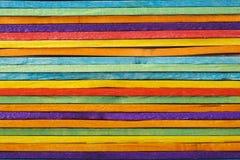 ζωηρόχρωμο ξύλινο ραβδί παγωτού Στοκ φωτογραφία με δικαίωμα ελεύθερης χρήσης