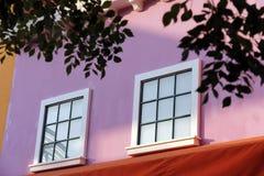 ζωηρόχρωμο παράθυρο Στοκ εικόνα με δικαίωμα ελεύθερης χρήσης