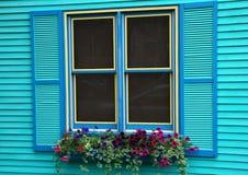 ζωηρόχρωμο παράθυρο Στοκ Φωτογραφίες
