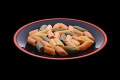 ζωηρόχρωμο πιάτο ζυμαρικών Στοκ εικόνα με δικαίωμα ελεύθερης χρήσης