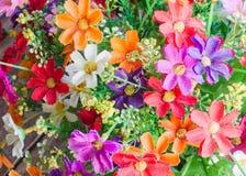 Ζωηρόχρωμο πλαστικό υπόβαθρο ανθοδεσμών λουλουδιών Στοκ φωτογραφία με δικαίωμα ελεύθερης χρήσης