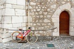 Ζωηρόχρωμο ποδήλατο Στοκ φωτογραφία με δικαίωμα ελεύθερης χρήσης