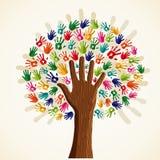 Ζωηρόχρωμο πολυ-εθνικό δέντρο διανυσματική απεικόνιση