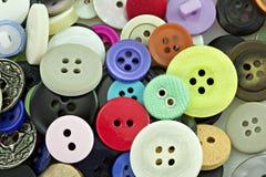 ζωηρόχρωμο ράψιμο κουμπιών Στοκ Εικόνες