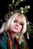 ζωηρόχρωμο στεφάνι γυναικών σαλιών δαφνών παλαιότερο Στοκ Εικόνα